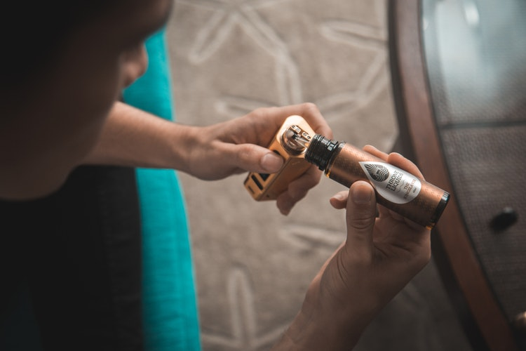 Cannabis Vaping: Benefits and Concerns